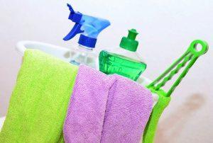 preparing-cleaning-tools